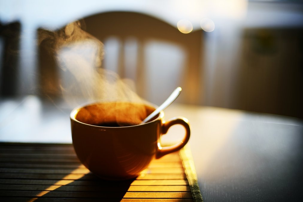 ارتباط نوشیدنیهای بسیار داغ و سرطان