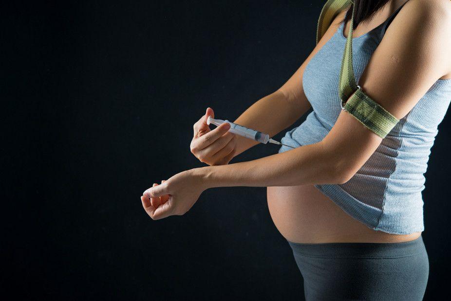 تبعات سوء مصرف مواد مخدر در دوران بارداری