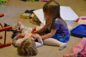 با دکتر بازی بچهها چه کنیم