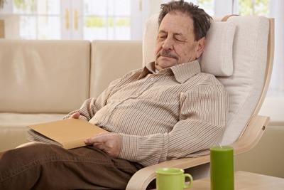 خستگی در سالمندان؛ دلایل و درمان