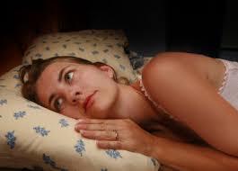 بیدار شدن از خواب در ساعتی خاص از شب