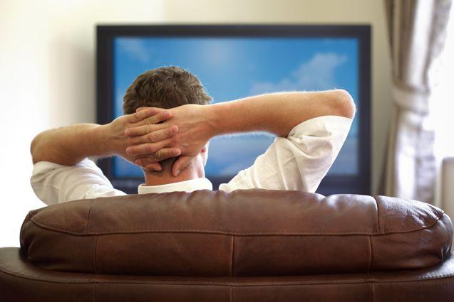 ناباروری مردان با تماشای زیاد تلویزیون