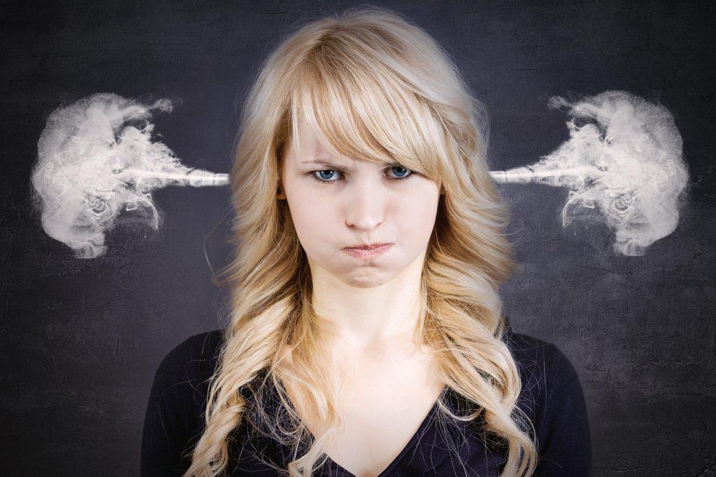 با عصبانیت های ماهانه چه کنیم؟
