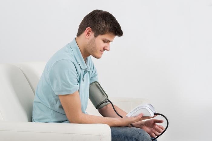 ارتباط فشار خون در مردان با سلامت روانی آنها