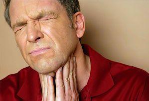رفلاکس به تارهای صوتی آسیب میرساند