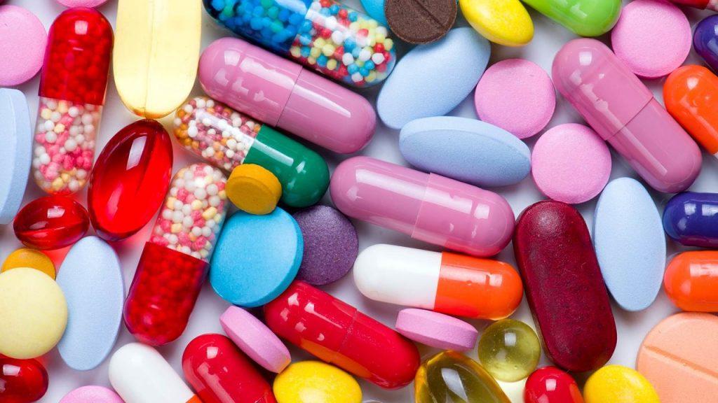 خودسرانه دارو مصرف نکنید