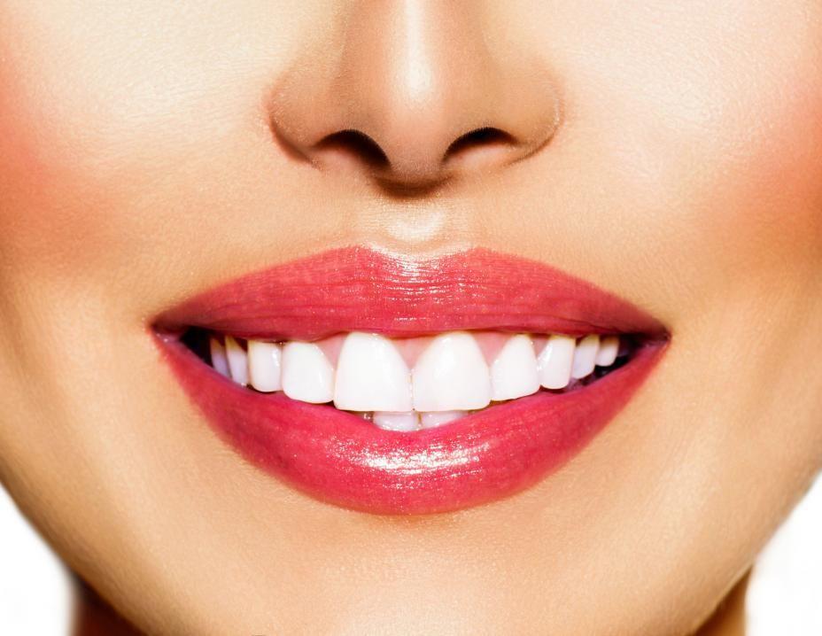 چرا هرچه مسواک میزنیم دندانهایمان سفید نمیشود