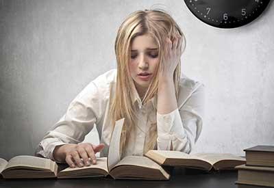هیجانات را با نوشتن و صحبت کردن تخلیه کنیم