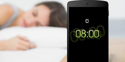 زنگ هشدار تلفنهای همراه عامل بیخوابی