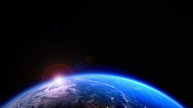 لبه فضا 20 کیلومتر به زمین نزدیک شد