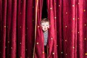 آشنایی با فواید تئاتر برای کودکان