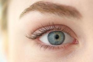 رفع خستگی چشم با یوگای چشم