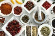 ۴ مزیت شگفت انگیز غذاهای پر ادویه و تند