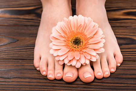 چرا افرادی که پاهای خود را در حمام نمی شویند اشتباه بزرگی می کنند